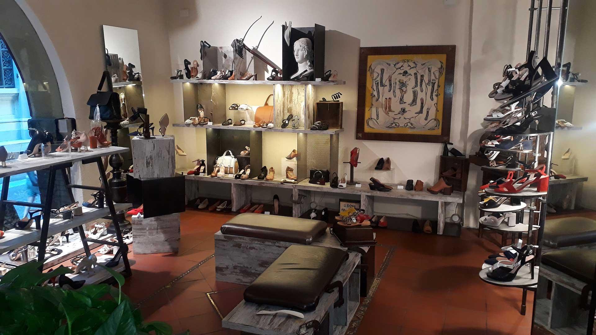 Negozio-Dè-Toschi-area-vendita-donna-(002)